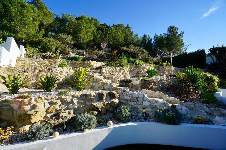 Comprar villa en moraira con piscina for Villas en calpe con piscina