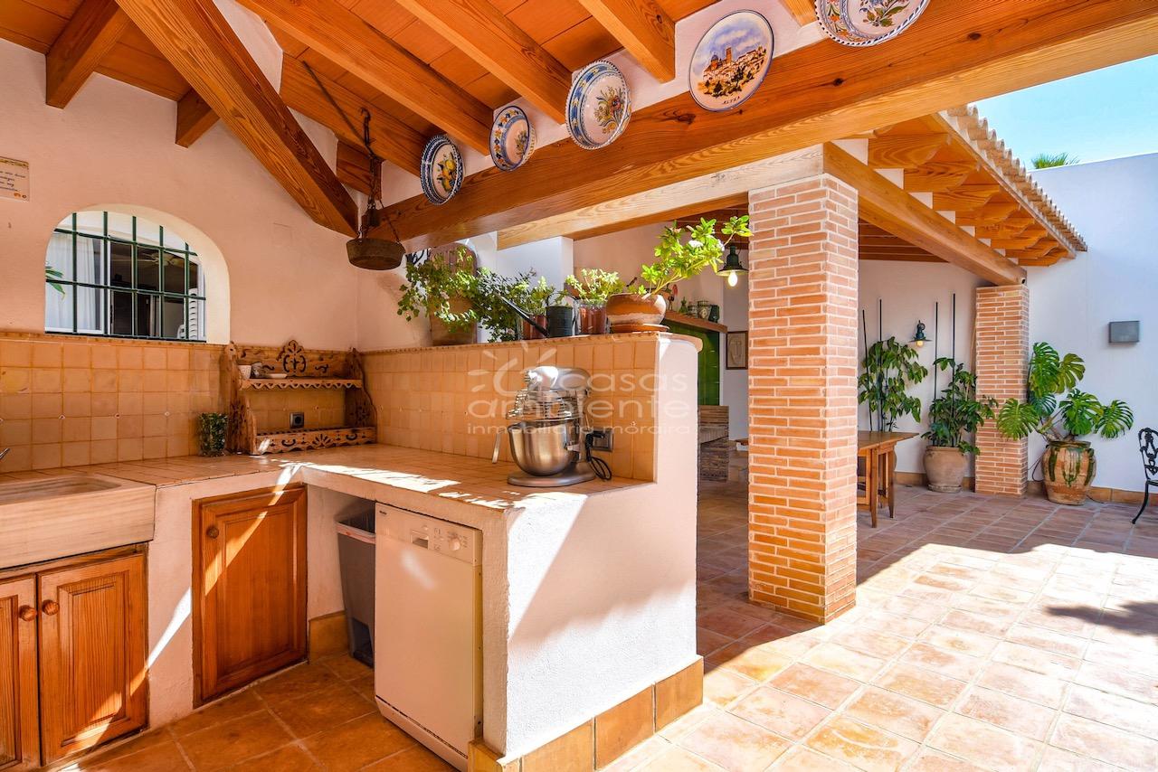 Erste Meereslinien-Villa in Benissa zu verkaufen